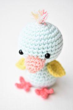 Little friendly duck amigurumi pattern by