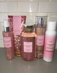 Bath And Body Works Champagner Toast Körperpflege Kollektion 2019 Se. - - Bath And Body Works Champagner Toast Körperpflege Kollektion 2019 Se… Perfume Bath And Body Works Champagne Toast Body Care Collection 2019 set … – What to get me … – # Bath Body Works, Bath And Body Works Perfume, Body Spray, Parfum Victoria's Secret, Victoria Secret Fragrances, Victoria Secret Perfume, Sent Bon, Shower Routine, Body Mist