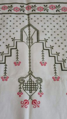 This Pin was discovered by Hül Cross Stitch Designs, Cross Stitch Patterns, Teapot Cover, Prayer Rug, Yarn Shop, Bargello, Easy Crochet Patterns, Knitting Stitches, Vintage Patterns