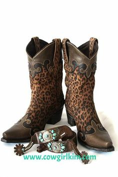 "Boots/Sandals :: Boots :: LANE ""CHEETAH"" DAKOTA BOOTS! - Native American Jewelry|Ladies Western Wear|Double D Ranch|Ladies Unique High End W...http://www.cowgirlkim.com/boots-sandals/cowgirl-boots/lane-cheetah-dakota-boots.html"