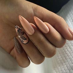 This article collects the most popular almond nails in the near future, including different patterns, colors, and fresh idea… Hot Nails, Nude Nails, Hair And Nails, Acrylic Nails, Uv Gel Nails, Hot Nail Designs, Beautiful Nail Designs, Gorgeous Nails, Pretty Nails