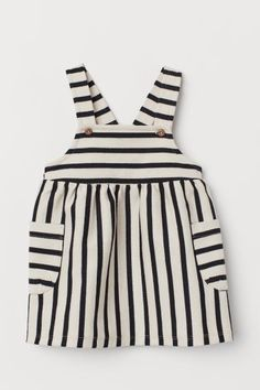 Bib Overall Dress - Baby Girl Dress - Ideas of Baby Girl Dress - Bib Overall Dress Beige/striped Kids Fashion Kids, Baby Girl Fashion, Toddler Fashion, Fashion Clothes, Little Girl Outfits, Baby Outfits, Toddler Outfits, Kids Outfits, H&m Baby