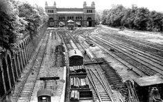 Track lifting at Crystal Palace High Level Station in June 1956 Victorian London, Vintage London, Old London, London History, Local History, Crystal Palace, Hyde Park, London Pictures, London Photos