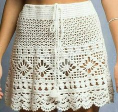 Crochet Skirt Pattern, Crochet Skirts, Crochet Clothes, Love Crochet, Crochet Baby, Crochet Bikini, Knit Crochet, Crochet Crafts, Apron