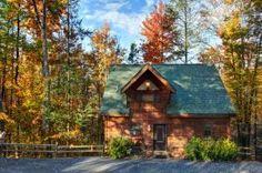The beautiful Hazy Days cabin in Gatlinburg in the fall.