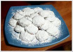 ΜΑΓΕΙΡΙΚΗ ΚΑΙ ΣΥΝΤΑΓΕΣ: Κουραμπιέδες αλλιώς !!! Greek Sweets, Puddings, Cakes, Traditional, Pudding, Food Cakes, Pastries, Torte, Cookies