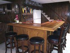 Finished custom home oak bar - corner view Home Bar Plans, Basement Bar Plans, Basement Bar Designs, Home Bar Designs, Basement Kitchen, Basement Ideas, Diy Home Bar, Diy Bar, Bars For Home