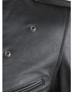 Perfecto Schott LC1140 : http://www.la-canadienne.com/collection-homme/cuirs-blousons-vachette-black-perfecto-schott-lc1140_3340.html