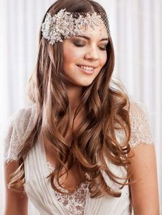 Wedding Hair Inspiration: 12 Ways you can wear your long hair down to your wedding.