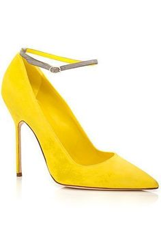 Manolo Blahnik Yellow Ankle Strap Pumps Spring Summer 2014 #Manolos #Shoes #Heels #manoloblahnikyellow