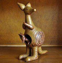 Lisa Larson's kangaroo from the Stora Zoo series for Gustavsberg Pottery Animals, Ceramic Animals, Clay Animals, Ceramic Art, How To Make Clay, Naive Art, Art Object, Whimsical Art, Scandinavian Design