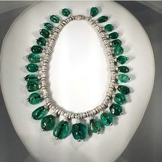 @thejewelrybureau. #fbf to the amazing Cartier exhibition @denverartmuseum and this emerald & diamond beauty that belonged to Merle Oberon #emerald #diamond #Cartier #necklace · · · #fbf to the amazing Cartier exhibition @denverartmuseum and this emerald & diamond beauty that belonged to Merle Oberon #emerald #diamond #Cartier #necklace #DAMBrilliant #MerleOberon #StPatricksDay #moreismore #vintagejewelry #Cartiernecklace #1938 #cabochonemerald