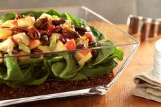 Spinach, chicken, celery, apples and cranberries are layered with quinoa for a tasty main-dish salad. Quinoa Power Salad Recipe, Healthy Salad Recipes, Macaroni And Cheese Casserole, Fast Metabolism Recipes, Meat Salad, Pasta Salad, Main Dish Salads, Main Dishes, Spinach Stuffed Chicken