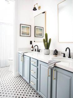 99 Stylish Bathroom Design Ideas You'll Love- 99 Stylish Bathroom Design Ideas You'll Love Bathroom Pictures: 99 Stylish Design Ideas You'll Love Modern Bathroom Decor, Bathroom Interior Design, Decor Interior Design, Dyi Bathroom, Bathroom Cabinets, Bathroom Mirrors, Budget Bathroom, Blue Cabinets, Blue Bathroom Vanity