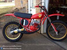 1976- Honda CR125M #Motorcycle Honda Dirt Bike, Honda Bikes, Honda Motorcycles, Honda Motors, Motocross Racer, Motocross Bikes, Vintage Motocross, Mx Bikes, Cool Bikes