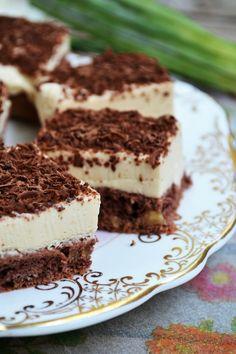 Sweets Recipes, Baking Recipes, Cake Recipes, Pumpkin Trifle, Romanian Desserts, Moist Vanilla Cake, Almond Cookies, Fall Baking, Strawberries And Cream
