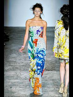 Basso & Brooke Londra - Spring Summer 2012 Ready-To-Wear - Shows - Vogue. Summer Dresses, Formal Dresses, Party Dresses, Catwalks, Fashion Show, Fashion Design, Summer Looks, Fashion Prints, What To Wear