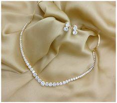 Bridal Jewelry Sets, Wedding Jewelry, Bridal Jewellery, Gold Jewellery, Bridal Necklace Set, Indian Jewelry Sets, Jewellery Shops, Jewelry Party, Pearl Necklace