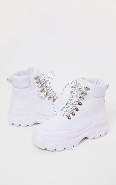Fashion Boots, Sneakers Fashion, Fashion Outfits, Fashion Sandals, Women's Fashion, Kawaii Shoes, Cute Boots, Women's Boots, Cowboy Boots