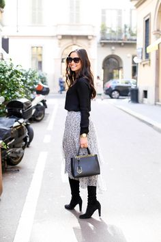 Mar 2015 - Kat Tanita of With Love From Kat wears a Rebecca Taylor skirt, Theory blouse, Stuart Weitzman highland boots and Fendi petit du jours bag in Milan. Winter Boots Outfits, Winter Skirt Outfit, Fall Outfits, Casual Outfits, Winter Midi Skirt, Outfits With Boots, Winter Dresses, Work Fashion, Modest Fashion