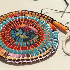 Sewing Crafts, Sewing Projects, Recycling, Fabric Bowls, Textiles, Recycled Fabric, Fabric Scraps, Leather Craft, Textile Art