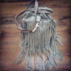 #sewing #sack #leather #tassel #fringe #bag #belts #boho #handmade #handbag #bohemian #gypsy #suede #Indian #bucket #trend #totebag #designer #design #fashion #outfit #worek #torba #frędzle #szycie #Poland ✌✂ #light #gray #white