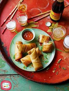Ever wondered how to make spring rolls? Jamie's spring roll recipe is delicious and vegetarian, filled with mushrooms, vermicelli noodles, Chinese cabbage and spring onions. Thai Recipes, Vegetable Recipes, Asian Recipes, Cooking Recipes, Chinese Recipes, Vegetable Dish, Vegetable Spring Rolls, Shrimp Recipes, Chinese Cabbage