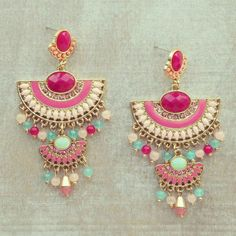 Pree Brulee - Desert Queen Earrings from Pree Brulee. Saved to jewelry. Shop more products from Pree Brulee on Wanelo. Indian Earrings, Indian Jewelry, Traditional Earrings, Necklace Designs, Beautiful Earrings, Bridal Jewelry, Jewelry Collection, Jewelry Design, Designer Jewelry