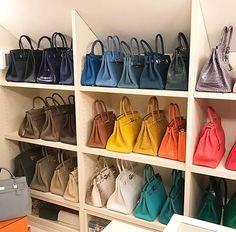 "HERMÈS Fan Page on Instagram: ""Wonderful #HERMÈS Handbag collection 😇 via @myhermescollection #HERMESBag #HERMESKelly #HERMESBirkin"" Room Ideas Bedroom, Bedroom Decor, Bedroom Interiors, Dressing Chic, Walk In Wardrobe, Dream Closets, Closet Designs, Closet Organization, Hermes Birkin"