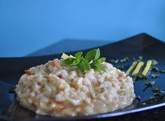 Dal classico risotto ai frutti di mare a questa rivisitazione con limone, menta e mantecatura al formaggio cremoso.