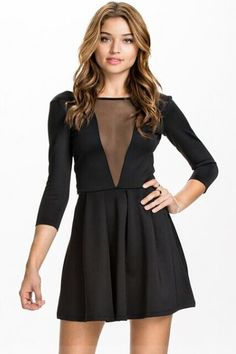 Shop Black Backless Long Sleeve Pleated Dress online. Sheinside offers Black Backless Long Sleeve Pleated Dress & more to fit your fashionable needs. Free Shipping Worldwide!