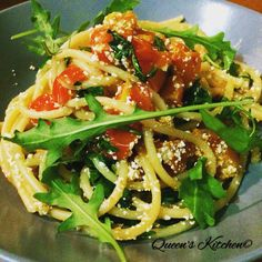 bucatini con pomodorini, rucola e ricotta salata: it's lunch time! visit my blog,link in the bios line  http://queenskitchenover-blogcom.over-blog.com/  follow Queen's Kitchen on Facebook #queenskitchen #foodeducation