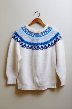Vintage 1980s Handmade Ski Sweater White with Blue Detailing