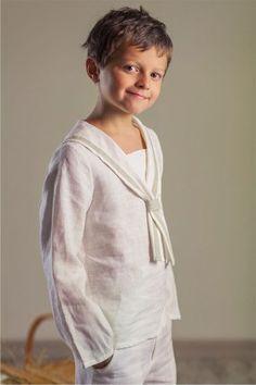 [anuncios]  En esta ocasión os traigo los trajes de Comunión de Niño de Quémono.Una amplia colección de vestidos y conjuntos de camisa y pantalón con la posibilidad de combinar, graci…