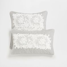 Image 1 of the product Embroidered lace cushion cover