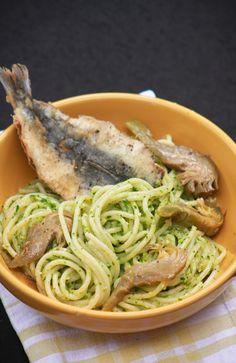 Spaghetti al pesto di prezzemolo, carciofi & sarde