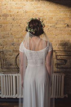 42 ideas hair styles wedding veil etsy for 2019 Best Boyfriend Jeans, Trendy Wedding, Boho Wedding, Dream Wedding, Veil Hairstyles, Wedding Hairstyles, Bridal Hairstyle, Street Style Rock, Wedding Veils