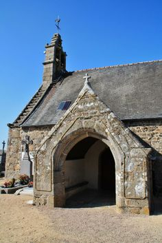 Eglise Paroissiale Saint-Maudez � Lanmodez Cotes d'armor lanmodez France, auteur pierre bastien pour Patrimoine de France, aucun partage sans mention de la source et de l'auteur merci.