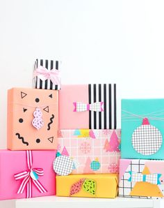 DIY Inspired Gift Wrapping Ideas - A Kailo Chic Life - DIY Inspired Gift Wrapping Ideas You are in the right place about DIY decorating ideas Here - Birthday Gift Wrapping, Christmas Gift Wrapping, Xmas Gifts, Cute Gifts, Diy Gifts, Birthday Gifts, Gift Wrapping Ideas For Birthdays, Homemade Gifts, Creative Gift Wrapping
