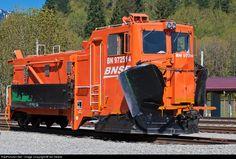 RailPictures.Net Photo: BN 972514 Burlington Northern Santa Fe Snow Dozer at Skykomish, Washington by Ian Dewar