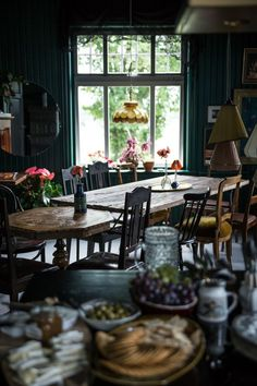 {home decor apartment blueprints Room Ideas Bedroom, Room Decor, Deco Boheme, Dark Interiors, Home And Deco, Cozy House, Sweet Home, House Design, Bohemian