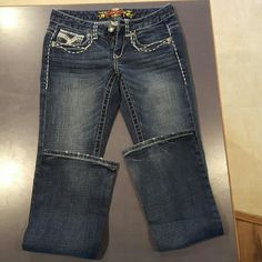 Maurices jeans size 1/2 Reg Previously worn, great condition RN #117476 maurices  Jeans