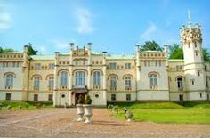 Paszkowka palac Poland Huge Houses, Poland Travel, The Beautiful Country, Travel Images, Europe, Traveling By Yourself, Places To Visit, Castle, Manor Houses