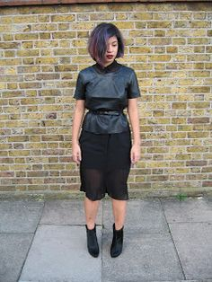 #streetstyle #fashion #blogger black, leather, midi My Outfit, Black Leather, Street Style, Outfits, Fashion, Black Patent Leather, Tall Clothing, Moda, Fashion Styles