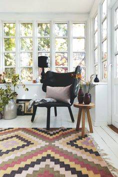 Sådan indretter du med løse tæpper | Boligmagasinet.dk