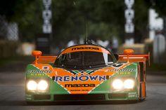 2015年グッドウッド・フェスティバル・オブ・スピード / ヒルクライムコースを走行する「マツダ 787B」