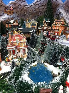 2011 Lemax Christmas display Park view