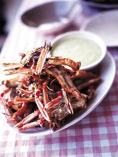 Try out Jamie's langoustine recipe at your next barbeque; give these barbecued langoustines with aioli a try for an extra special treat. Fish Recipes, Seafood Recipes, Dinner Recipes, Lobster Recipes, Barbecue Recipes, Dinner Ideas, New Cooking, Cooking Recipes, Gf Recipes