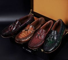 Handcrafted Men's Alligator Classic Tassel Loafer Leather Lined Shoes-Display Casual Leather Shoes, Casual Sneakers, Leather Sandals, Casual Shoes, Loafer Shoes, Loafers Men, Men's Shoes, Shoes Men, Expensive Mens Shoes