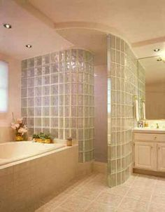Beautiful and dramatic showers can be easily created with glass block.
